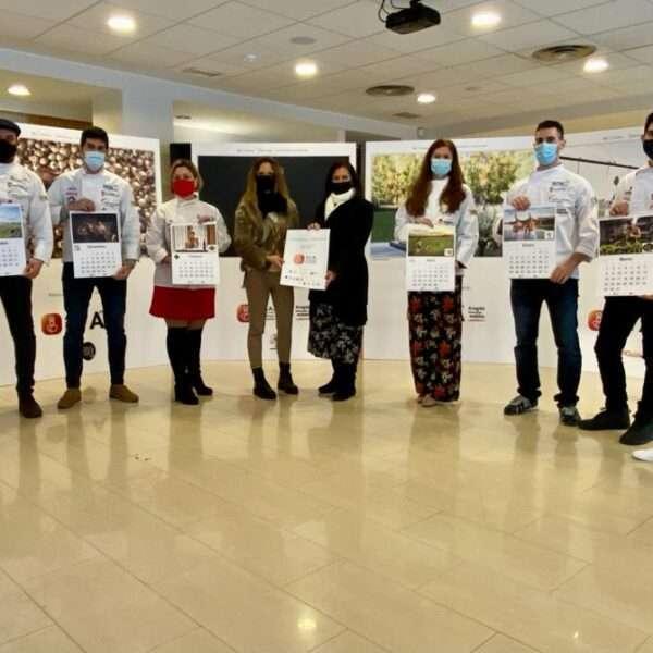 La Asociación de Cocineros de Aragón presenta el Calendario Solidario 2021