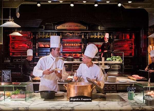 Les Grands Buffets, un lugar imprescidible para los amantes de la gastronomía