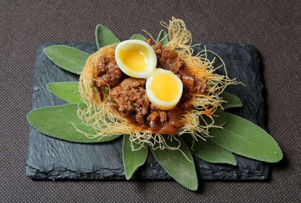 32-ENVERO-GASTRO-WINE_nido-con-ternasco-y-huevo-