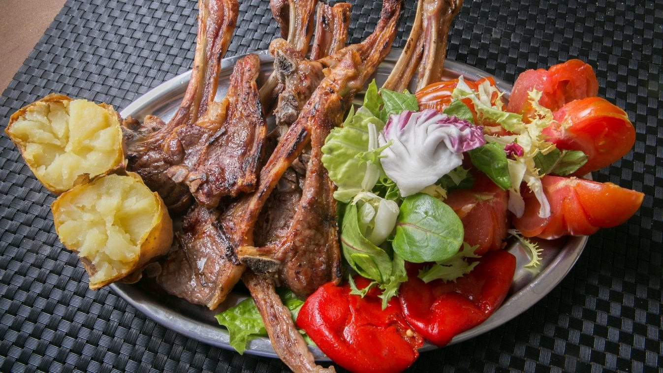 La guarida del contrabandista Nicamó, es ahora un restaurante imprescindible en la calle Predicadores