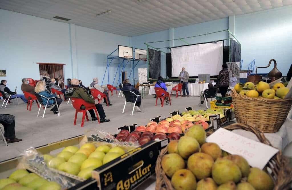 Jornada en Valtorres  sobre la manzana