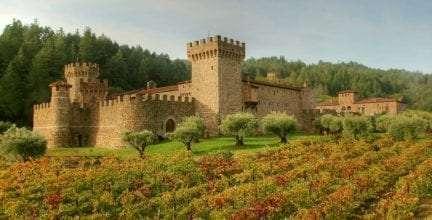 Un millonario se gasta su fortuna en construir un castillo medieval en pleno S.XXI