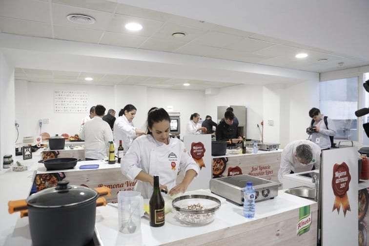 El restaurante Voramar gana el concurso Mejores Arroces de España 2017