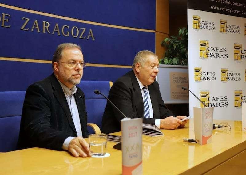 Fuster en la presntacion de la Guia de Tapas de Zaragoza