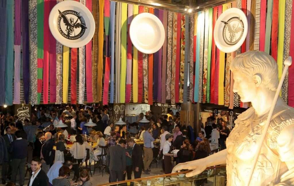 Mercado Gastronómico Puerta Cinegia