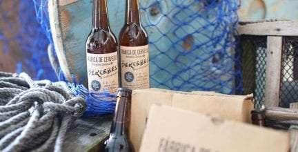 Llegan al mercado 100.000 litros de Fábrica de Cervezas Estrella Galicia con Percebes da Costa da Morte