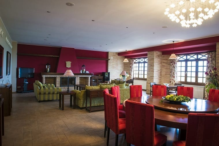 Inaugurado un nuevo hotel en Bodegas San Valero,