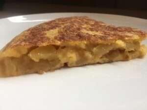 Tortilla de patata con cebolla, La Tajada